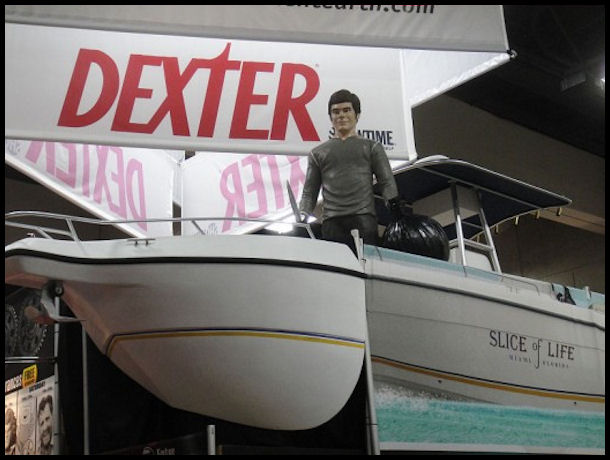 Dexter TV Show by The Conmunity - Pop Culture Geek from Los Angeles, CA, USA CC BY 2.0 via Wikimedia Commons
